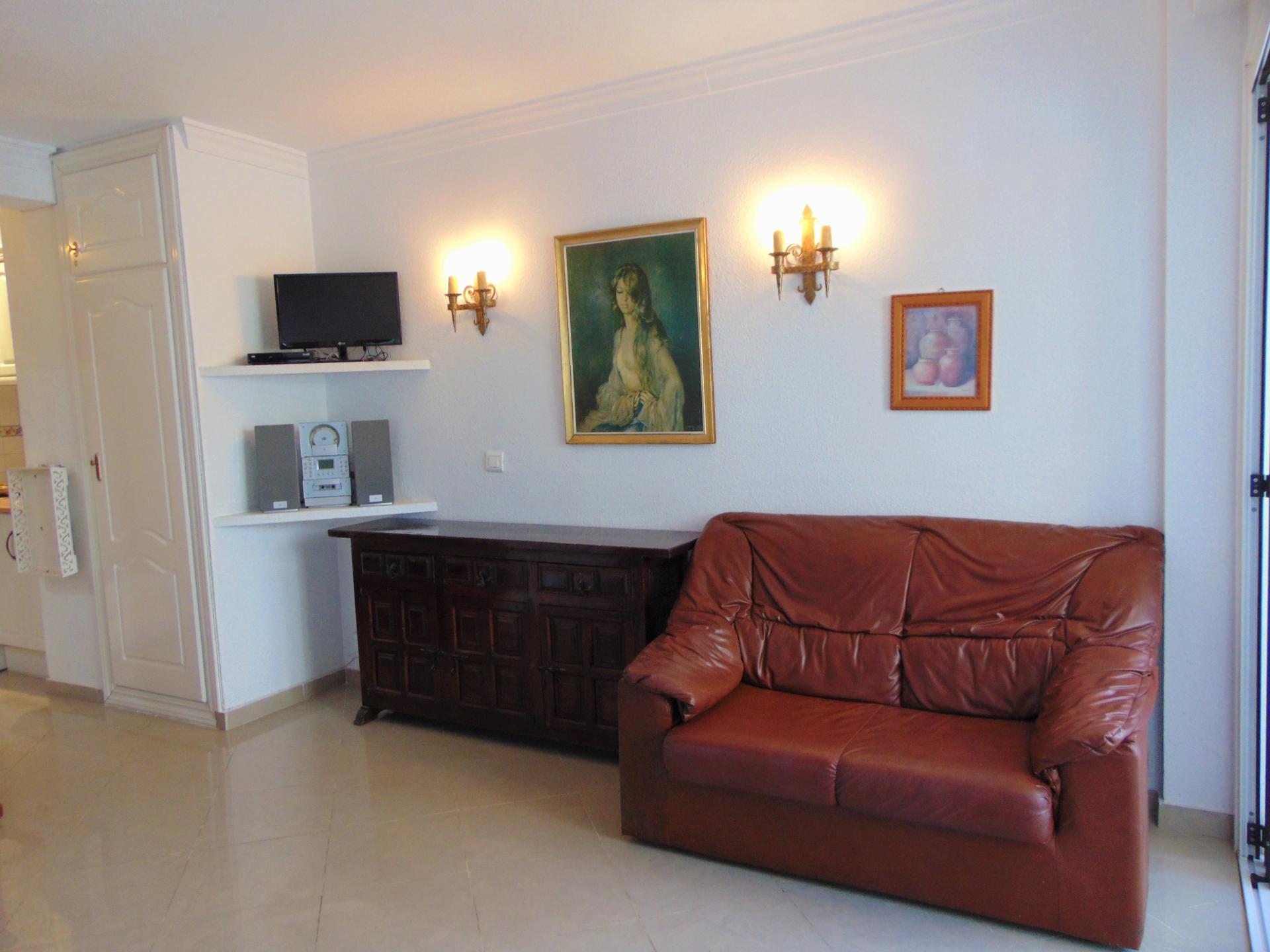 Studio -                                       Torre Del Mar -                                       0 bedrooms -                                       2 persons