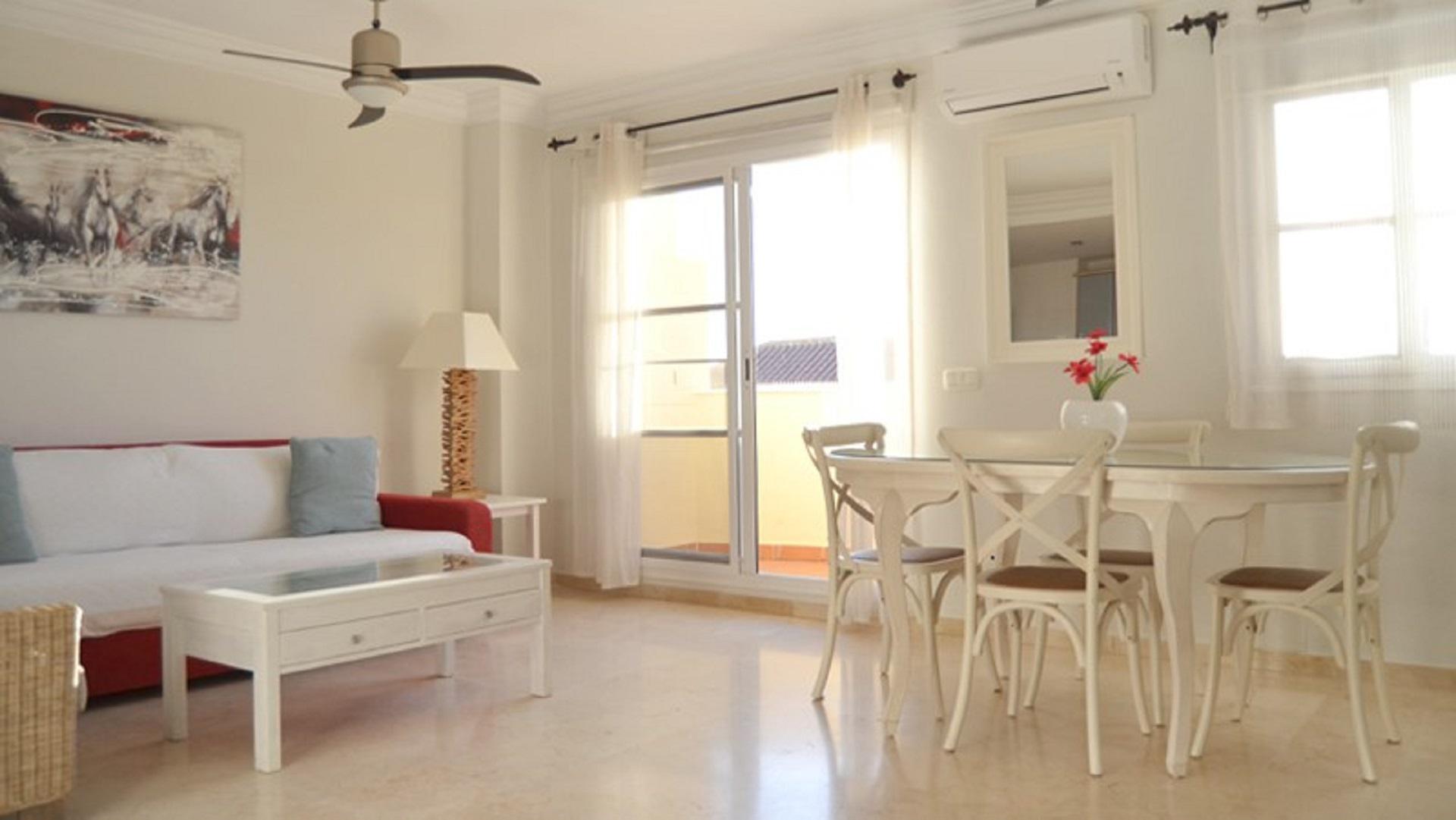 Flat -                                       Caleta De Velez -                                       2 bedrooms -                                       4 persons