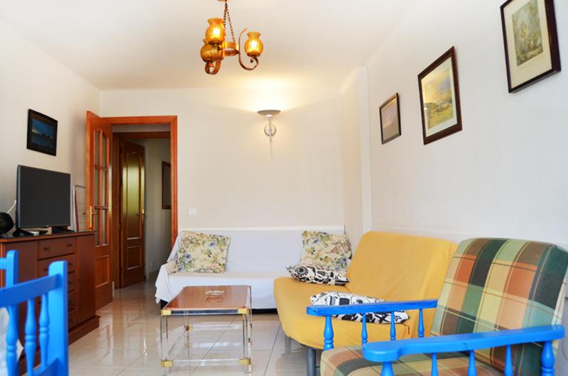 Flat -                                       Torre Del Mar -                                       0 bedrooms -                                       2 persons