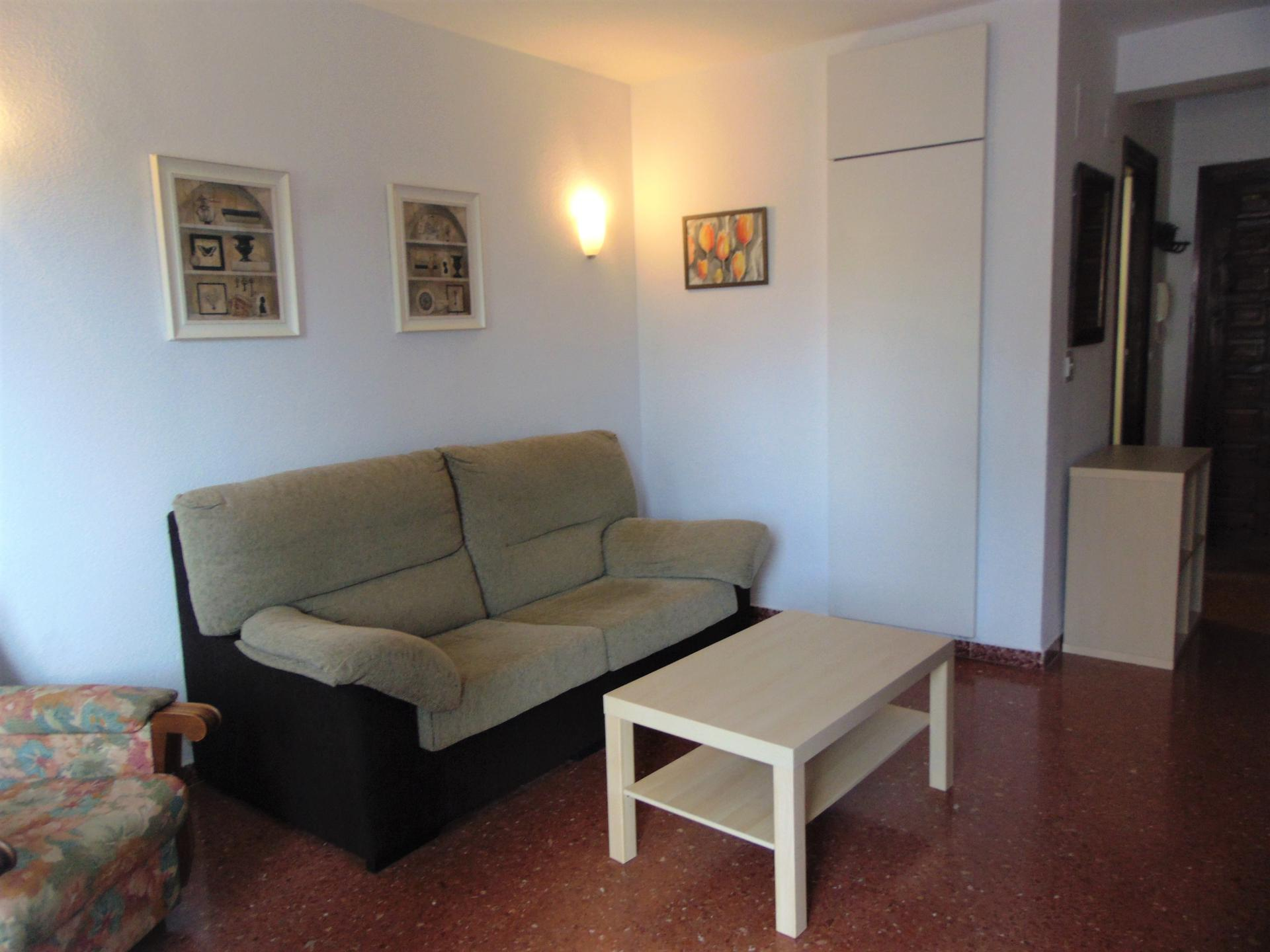 Studio -                                       Torre Del Mar -                                       0 bedrooms -                                       2 persons